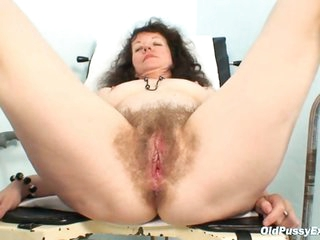Karla visits gyno clinic with extremely shaggy fur pie
