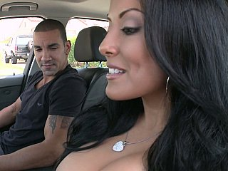 Sexy MILF Kiara Marie on a shlong