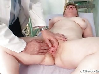 Ugly mom gets a swab stick up her curly cum-hole